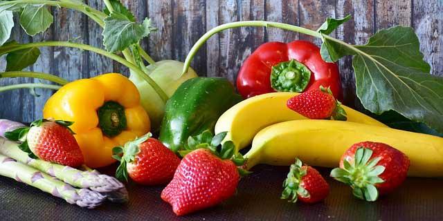 Friss hazai zöldségek és gyümölcsök – a fóliától az asztalodig